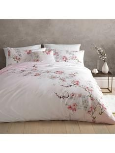 Buy Ted Baker Oriental Blossom Duvet Cover from the Next UK online shop Dream Bedroom, Home Bedroom, Master Bedroom, Bedroom Decor, Bedrooms, Oriental Bedroom, Interior Exterior, Interior Design, My New Room
