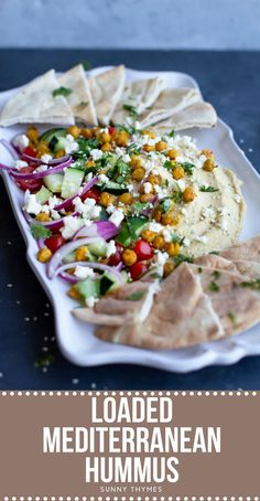 This Loaded Mediterranean Hummus is INSANELY TASTY! Imagine a warm slice of pita bread topped with creamy hummus and your favorite mediterranean toppings like tomatoes, red onion, feta, cilantro… Snacks Für Party, Appetizers For Party, Appetizer Recipes, Snack Recipes, Veggie Appetizers, Quiche Recipes, Shrimp Recipes, Dessert Recipes, Dinner Recipes