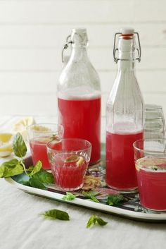 Add some pep to your water with Arbonne's Energy Fizz Sticks in citrus and… Fruit Drinks, Non Alcoholic Drinks, Healthy Drinks, Healthy Recipes, Cocktails, Party Drinks, Drink Recipes, Arbonne Nutrition, Snacking
