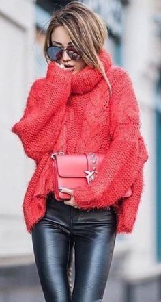 15 sweater outfits that will inspire you this winter - Frauen Mode - Sweaters Legging Outfits, Leather Leggings Outfit, Pullover Outfits, Red Sweater Outfit, Leggings Fashion, Winter Sweater Outfits, Leather Jeggings, Red Jumper, Moda Outfits