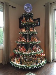Details about HOW TO BUILD Display Stand Dept 56 Lemax Halloween Christmas village houses Lemax Christmas Village, Christmas Tree Village Display, Halloween Village Display, Diy Christmas Tree, Christmas Villages, Vintage Christmas, Halloween Christmas, Xmas Tree, Silver Christmas Decorations