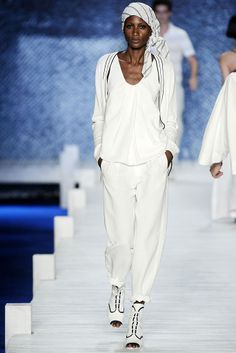 Lacoste | Spring 2010 Ready-to-Wear Collection |