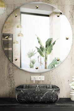 Questo lavello è disponibile in marmo Nero Marquina, Carrara ed Estremoz. Scegli il tuo preferito e ottieni il tocco di lusso che il tuo progetto merita
