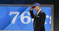 Los 76ers reclutan a Ben Simmons como 1ra selección del Draft