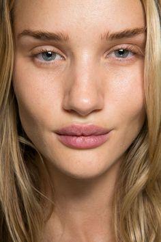 Rosie Huntington-Whiteley No Makeup Bare Face Natural