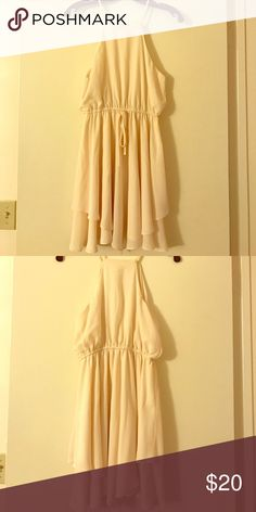 Cream graduation dress Cream colored, knee length dress. Worn once for graduation ceremony. Perfect for special occasions! Soprano Dresses Midi