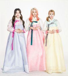AOA Cream ChanMi, HyeJung and YuNa in Hanbok