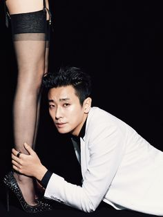Joo Ji Hoon - L'Officiel Hommes Magazine December Issue '13
