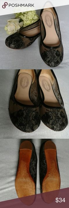 Elie Tahari ballerina ballet flats size 6 36 Gorgeous ballerinas are in gently used condition. They have a sheer lace upper and leather sole. Elie Tahari Shoes Flats & Loafers