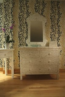 Indian WHite Bone 4 drawer Chest of drawers and console table http://www.irisfurnishing.com/mother-of-pearl-inlay-desk-p/b-dsk-g.htm