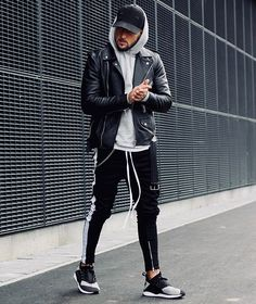 Style by @massiii_22  Via @trillestoutfit  Yes or no?  Follow @mensfashion_guide for dope fashion posts!  #mensguides #mensfashion_guide