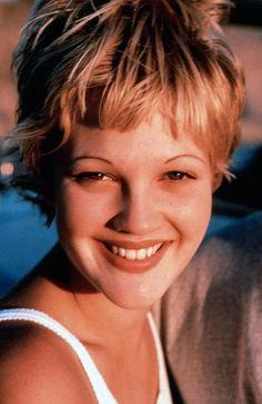 Drew Barrymore- great 90s cut, eyebrows & look!