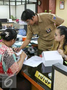 Dinas Pajak Jaksel Berikan Alat Transaksi E-Pos - Photo Liputan6.com