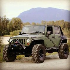 Save by Hermie Jeep Jl, Jeep Truck, Wrangler Rubicon, Jeep Wrangler Unlimited, Jeep Wranglers, Rv Trailers, Jeep Life, Dream Garage, Offroad