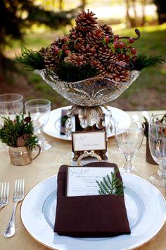 Tablescape ● pine cone centerpiece