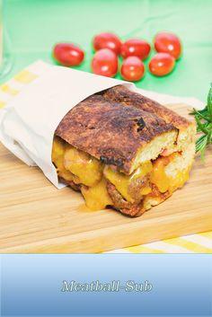 Du magst Sandwiches genauso gern, wie wir? Dann ist unser Meatball Sub mit würzigen Hackfleischbällchen, Tomatensauce und Käse vielleicht genau richtig.  #sandwich #food #essen #meatballs #fleischbällchen #cooking