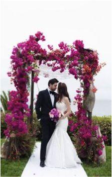 Styled the Aisle. 12 Gorgeous Wedding Ceremony Ideas (Image by Luna Photo) Mod Wedding, Floral Wedding, Wedding Colors, Wedding Flowers, Dream Wedding, Bougainvillea Wedding, Wedding Story, Bouquet Wedding, Bridal Bouquets