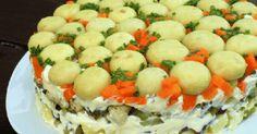 Ingrediente : 100 gr mazare fiarta 1 piept de pui fiert/preparat la gratar 2 morcovi 4-5 castraveti murati 3-4 cartofi 500 gr ciuperci intregi la borcan 1-2 linguri ulei 2 catei de usturoi pisat maioneza Sare Piper Chives tocat marunt... Food And Drink, Cheese, Cooking, Breakfast, Desserts, Crafts, Salads, Recipes, Kitchen