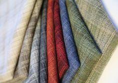 Eidvik, Kvalitet Nr 1777 Moderne rute med enkelt utrykk. Designer Ulla Faartoft. Weaving Textiles, Hand Weaving, My Design, Menu, Blanket, Fabric, Menu Board Design, Tejido, Hand Knitting