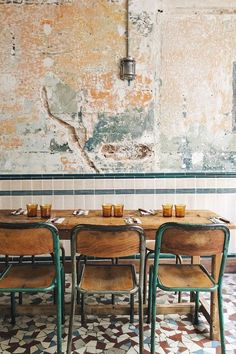 Wondering where to eat in Paris in March? See our edit of the latest hotspots to hit the city's culinary scene, from Mathieu Pacaud's new restaurant decorated by architecture studio KO to a vintage cafe that will transport you to Santorini. Decoration Restaurant, Deco Restaurant, Vintage Restaurant, Vintage Cafe, Restaurant Seating, Shabby Chic Restaurant, Restaurant Counter, Bar Deco, Muebles Living