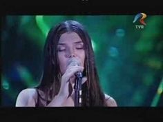 Paula Seling - Ploaie in luna lui Marte My Favorite Music, My Favorite Things, Romania, Singing, Songs, Concert, Youtube, Mars, You Are Awesome