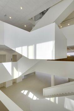 AvB Tower by Wiel Arets Architects / Project Team: Rob Willemse, Joost Körver, Raymond van Sabben, Thorsten Schneider, Jelle Homburg, Jochem Homminga - The Hague, The Netherlands