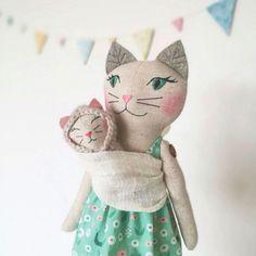 Image of CINDY - MAMMA KITTY GIRL
