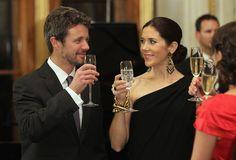 Princess Mary Photos - Danish Crown Prince Couple Visit Germany - Zimbio