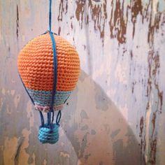 Luftskipper – jeres versioner fra Lutteridyl.dk Modern Crochet, Diy Crochet, Crochet Toys Patterns, Stuffed Toys Patterns, Maya, Objects, Inspiration, Accessories, Biblical Inspiration