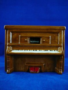 Vintage Ceramic Piano Music Box  Raindrops Keep by JulianosCorner - SOLD