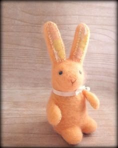 Needle Felted Vintage Bunny Easter spring soft by jessicakat, £27.00 #etsy #bunny #needlefelted