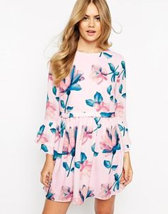 Reminds me of Mad Men, Enlarge Dahlia Dress in Soft Floral Print