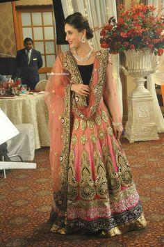 Kareena kapoor... In lovely lehanga