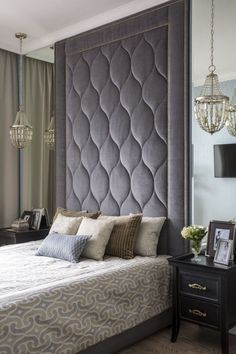 25 Cozy Bedroom Decor Ideas that Add Style & Flair to Your Home - The Trending House Bed Headboard Design, Tall Headboard, Bedroom Bed Design, Modern Bedroom Design, Headboards For Beds, Contemporary Bedroom, Bedroom Ideas, Bedroom Designs, Budget Bedroom