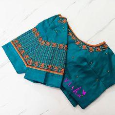 Cutwork Blouse Designs, Saree Blouse Neck Designs, Embroidery Neck Designs, Fancy Blouse Designs, Cut Work Blouse, Hand Work Blouse Design, Stylish Blouse Design, Khadi Saree, Sleeve Designs