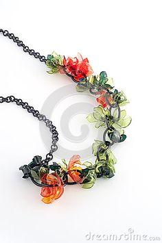 **2****///visitare..............//Ecojewelry collana da bottiglie di plastica riciclate