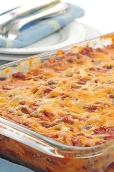 I'd substitute the ground beef with either ground turkey, or ground chicken. *************************************Mexican Ground Beef Casserole ~ This is a delicious Mexican Casserole recipe with only weight watcher points per LARGE serving! Mexican Ground Beef Casserole, Mexican Casserole, Casserole Recipes, Tortilla Casserole, Chicken Casserole, Casserole Dishes, Tortilla Soup, Ww Recipes, Mexican Food Recipes