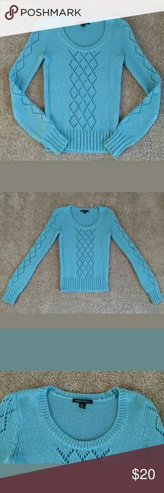 Kenneth Cole Blue Crew Neck Sweater Size XS Kenneth Cole NY Size: XS  Light Blue Knit Sweater   Excellent Pre-Loved Condition. No Flaws.  See Pictures for Material  Hand Wash   Measurements  Armpit to Armpit: 15 1/2 across  Sleeves: 27  Collar to Hem: 23   Smoke Free, Pet Free Home Kenneth Cole Sweaters Crew & Scoop Necks