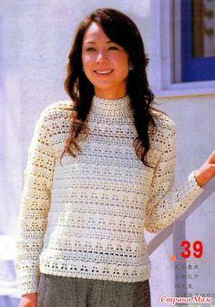 Ажурный свитер крючком.