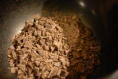 Verdens beste sjokoladekake | Verdens Beste Kake How To Dry Basil, Grains, Food And Drink, Rice, Herbs, Herb, Seeds, Laughter, Jim Rice