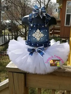 Denim Birthday Outfit Overall Tutu Diamonds & Pearls Outfit image 6 Overall Tutu, Denim Overall, Cute Baby Clothes, Diy Clothes, Tutu Ballet, Robes Tutu, Tutu Dresses, Birthday Outfit, Kids Outfits