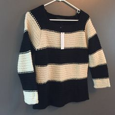 """💟 NWT Cute Natural and Black Cropped Sweater💟 💟Cozy Sanctuary Natural and Black Sweater, 87% Acrylic, 13% Wool, Machine Wash and dry. Length 22"""", Sleeve about 16"""". Perfect for Spring evenings. I'm 5'4"""" and love this fit the length of sweater and sleeves are perfect❤️❤️ Sanctuary Sweaters"""