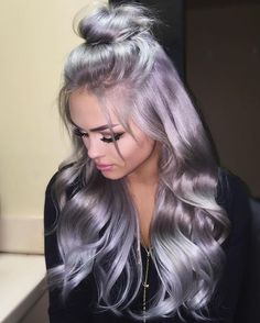 Rock a stunning pastel hair color, you'll be amazing! Ombré Hair, Hair Dos, Emo Hair, Curls Hair, Lace Hair, Hair Weft, Grey Balayage, Silver Grey Hair, Gray Hair