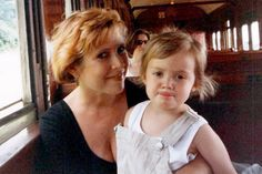 Billie Lourd Remembers Carrie Fisher On First Mothers Day Since Stars Death Debbie Reynolds Carrie Fisher, Carrie Frances Fisher, Billie Lourd, Billie Catherine Lourd, Starwars, Princes Leia, Star Trek Crew, Star Wars Sequel Trilogy, Donna Reed