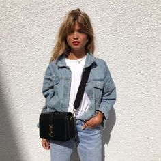 Denim on denim trend. Fashion Blogger Style, Look Fashion, 90s Fashion, Fashion Outfits, Womens Fashion, Vogue, Mein Style, Style Casual, Casual Chic