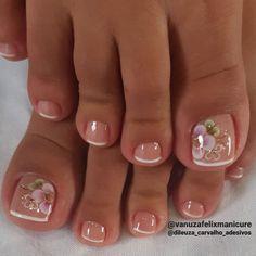 Pretty Toe Nails, Cute Toe Nails, Pretty Toes, Toe Nail Art, Cute Toes, Toenail Art Designs, Toe Nail Designs, Cute Pedicure Designs, Nagellack Design