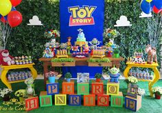 I hope you enjoy these amazing TOY STORY PARTY ideas. Toy Story Baby, Toy Story Theme, Toy Story Birthday, 2nd Birthday Parties, Boy Birthday, Birthday Ideas, Toy History, Woody Party, Festa Toy Store
