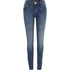 Mid wash Amelie superskinny jeans €40.00