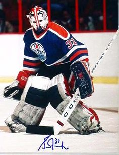 Grant Fuhr, happy birthday to the lefty goal minder Goalie Gear, Hockey Helmet, Goalie Mask, Hockey Goalie, Hockey Players, Stars Hockey, Ice Hockey Teams, Hockey Games, Hockey Stuff