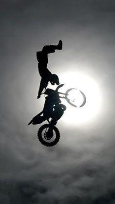 Epic Motorcross Stuntrider Mark Healy Canadian - Kiss Of Death Motocross Love, Motocross Bikes, Motocross Funny, Ducati, Motocross Maschinen, Moto Enduro, Motos Trial, Freestyle Motocross, Nitro Circus